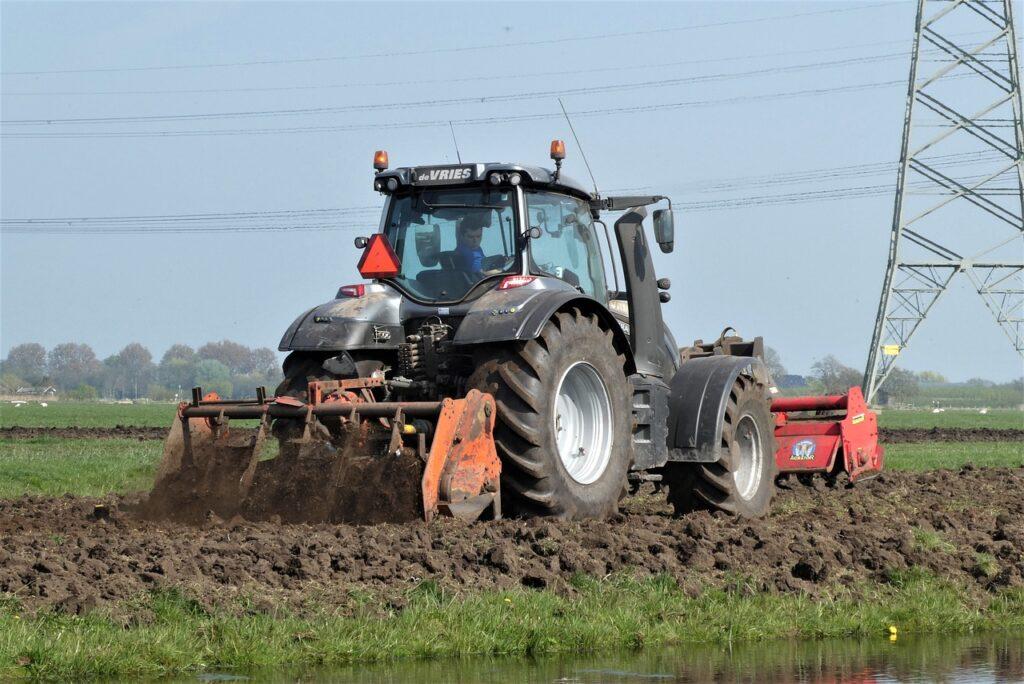 Diefstal GPS-apparatuur uit landbouwvoertuigen